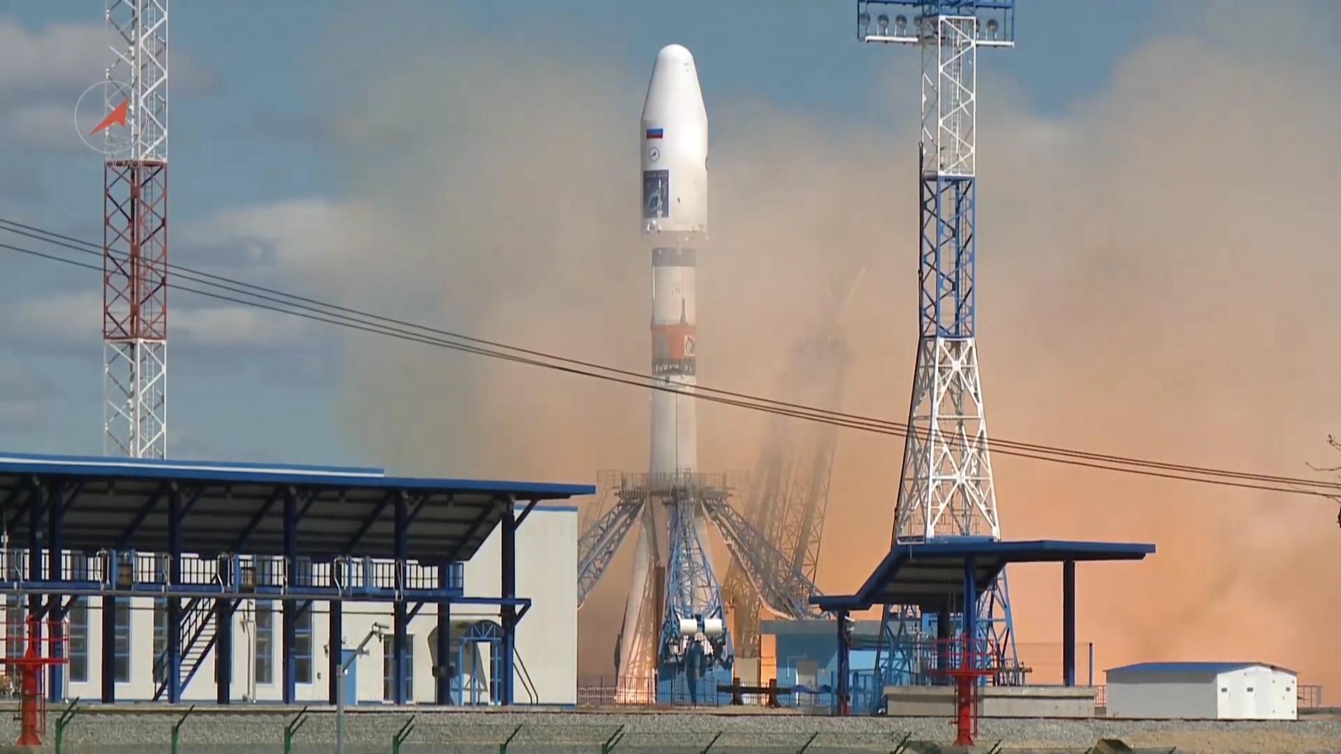 Vostoçnıy uzay üssünden ilk roket fırlatıldı 10